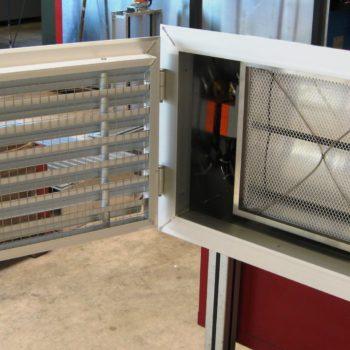 Wetterschutzgitter schwenkbar mit Regulierklappe und Filtermatte